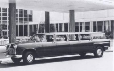 Checker Aerobus Production  1961-1977 by Bruce Uhrich