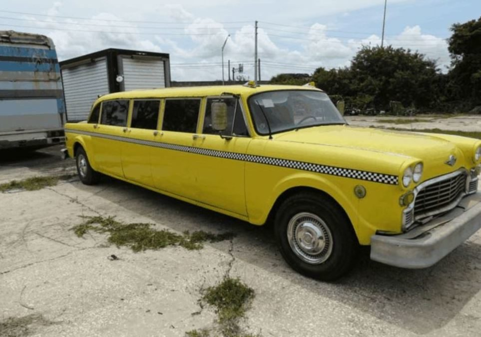 1976 Checker Aerobus 15 on Proxbid
